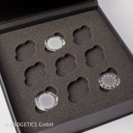Facetted Crystals – grey (Set of three)